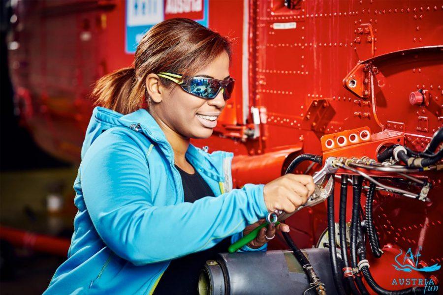 Arbeitsschutzbrille mit verspiegelter Scheibe